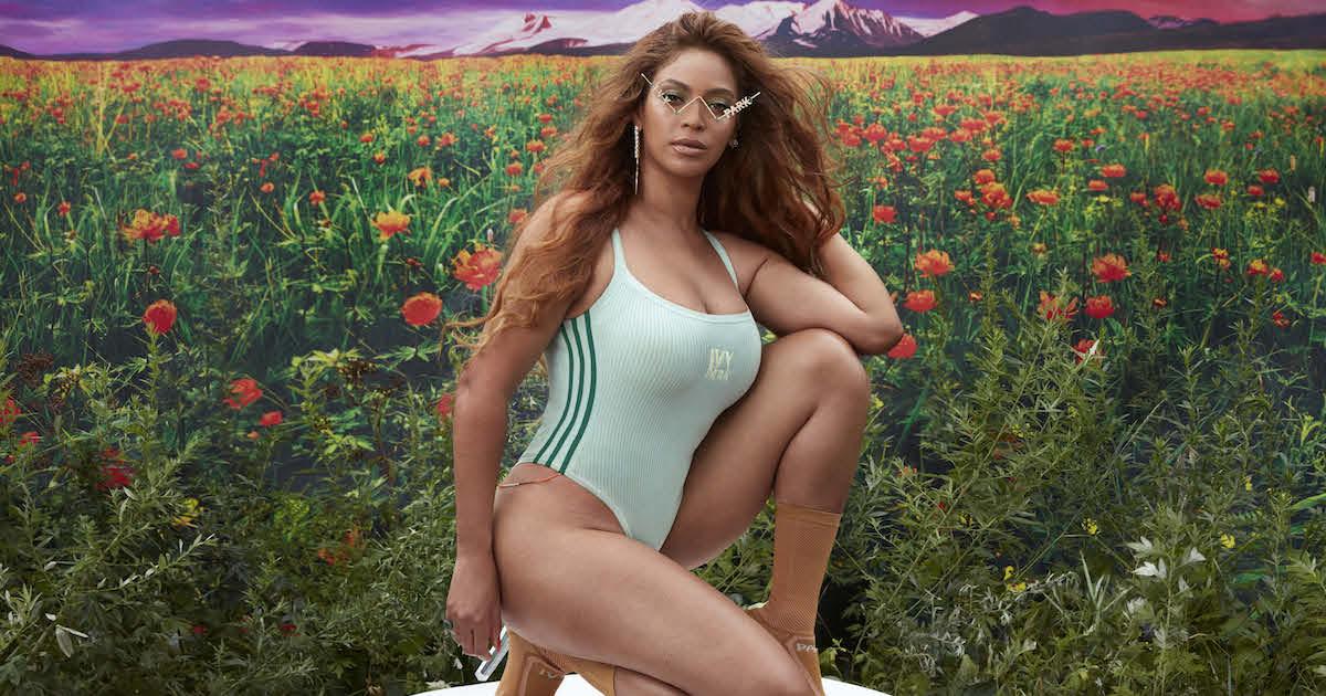 Beyoncé (ビヨンセ)とadidas Originalsのコラボ「adidas x IVY PARK」の先行発売日が発表される。「自らが輝ける場所を見つけてほしい」